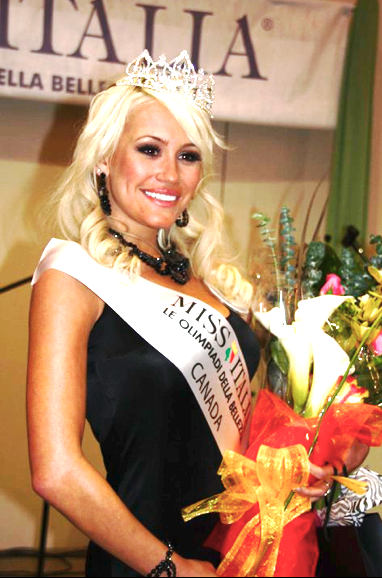 Photo-Showing-Miss-Italy-Theresa-Longo
